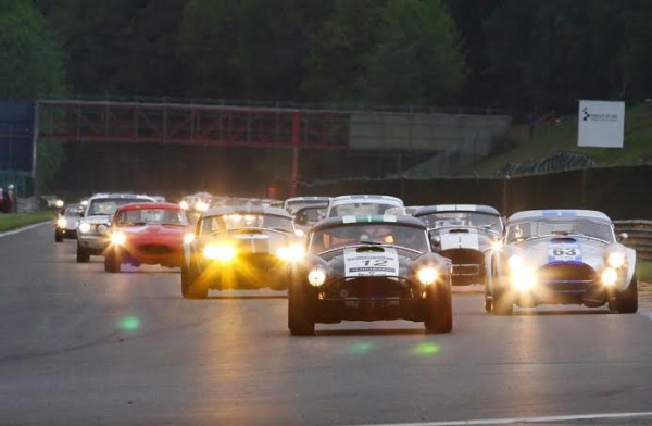SPA-CLASSIC-2014-Ambiance-nocturne-aux-SixtiesEndurance-©-Manfred-GIET.