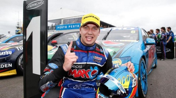 V8-2014-PERTH-CHAZ-MOSTERT-1er-course-3-avec-sa-FORD-FPR