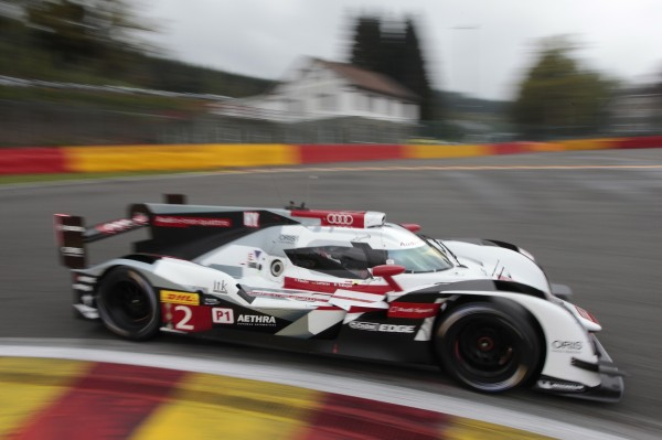 WEC 2014 SPA - AUDI N°2 au Virage de la SOURCE.