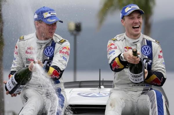 WRC-2014-ARGENTINE-LATVALA-fete-sa-victoire.j