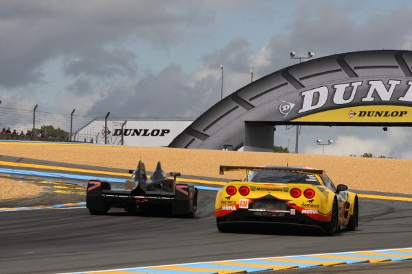 24 H DU MANS 2012 DELTAWING et CORVETTE Courbe Dunlop photo Thierry COULIBALY autonewsinfo