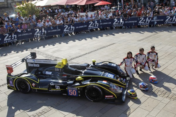 24-HEURES-DU-MANS-2014-Pesage-MORGAN-JUDD-N°-50-Team-LARBRE-Photo-Thierry-COULIBALY