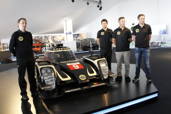 24-HEURES-DU-MANS-2014-Présentation-Team-LOTUS-pilotes-et-Team-Manager-Photo-Thierry-COULIBALY.