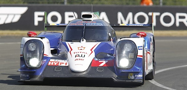24-HEURES-DU-MANS-2014-Test-1er-juin-La-TOYOTA-Num-7-Photo-Thierry-COULIBALY.