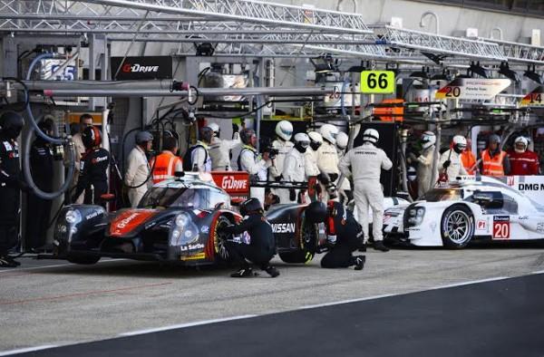 24-HEURES-DU-MANS-2014-Test-Preliminaire-LIGIER-JSP2-Team-OAK-Racing-au-stand-Photo-Max-MALKA