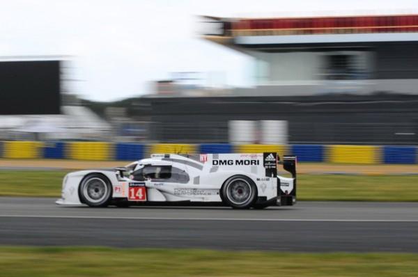24-HEURES-DU-MANS-2014-Test-Preliminaire-Une-bonne-vitesse-de-pointe-est-nécessaire-mais-pas-suffisante-au-Mans-cette-année-Photo-Patrick-Martinoli.