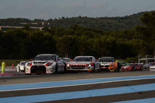 BLANCPAIN-2014-Paul-Ricard-Le-depart-de-la-course-Photo-Antoine-Camblor