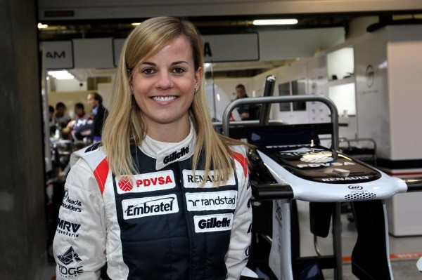 F1-SUSIE-WOLLF-EN-2012-dans-le-stand-WILLIAMS.