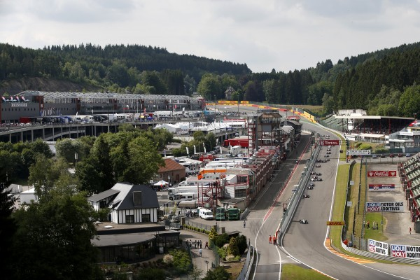 F3-2014-SPA-Le-depart-de-la-seconde-course-samedi-21-juin
