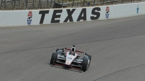 INDYCAR-2014-TEXAS-WILL-POWER-en-pole
