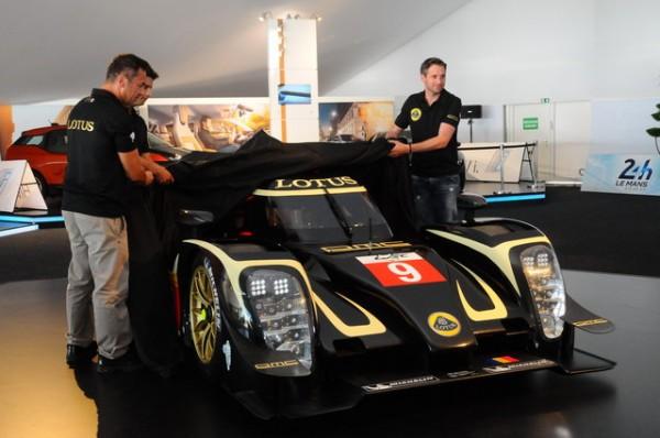 Le-Mans-2014-Présentation-Lotus-PhotoPatrick-Martinoli_