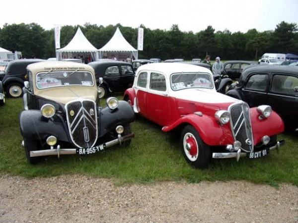 MONTHLERY-HERITAGE-FESTIVAL-2014-Les-Tractions-CITROËN-PHOTO-Patrick-MARTINOLI.