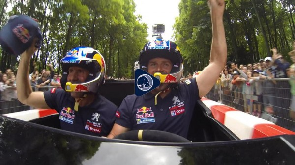 PETERHANSEL avec Cyril DESPRES - Team PEUGEOT RALLY RAID