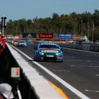 V8-SUPERCAR-2014-DARWIN-Victoire-de-la-FORD-de-MARK-WINTERBOTTOM-dans-la-3éme-course