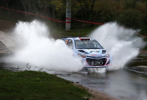 WRC-2014-ARGENTINE-HYUNDAI