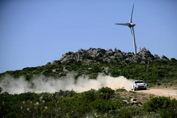 WRC-2014-SARDAIGNE-MIKKELSEN-POLO-VW.