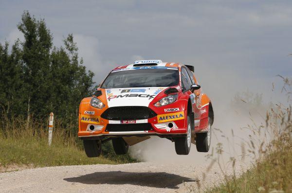 ERC-2014-ESTONIE-La-FORD-FIESTA-de-Ott-TANAK-le-vainqueur-Final.