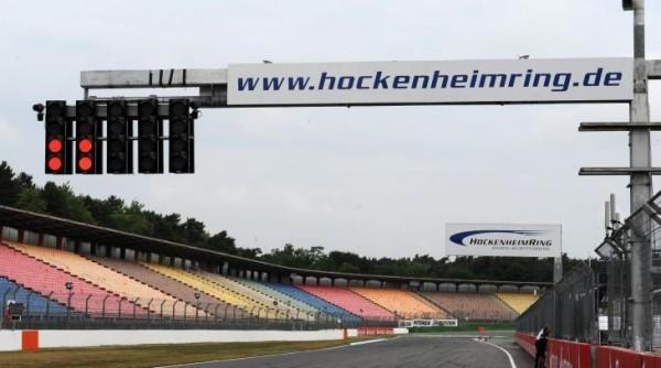 HOCKENHEIM. Les tribunes restront vides le 19 juillet . IQl n'y aura pas de Grand-Prix d ALLEMAGNE