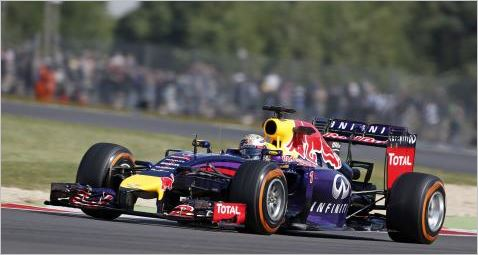 F1-2014-SILVERSTONE-RED-BULL-RENAULT