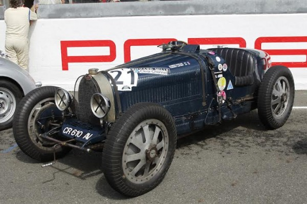 LE-MANS-CLASSIC-2014-BUGATTI-35-B-de-1929-Photo-Thierry-COULIBALY
