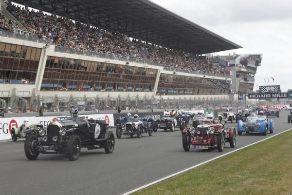 LE-MANS-CLASSIC-2014-Depart-du-plateau-3-photo-Thierry-COULIBALY