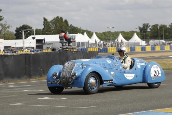 LE MANS CLASSIC 2014 - PEUGEOT 402 DARL MAT de 1937 photo Thierry COULIBALY