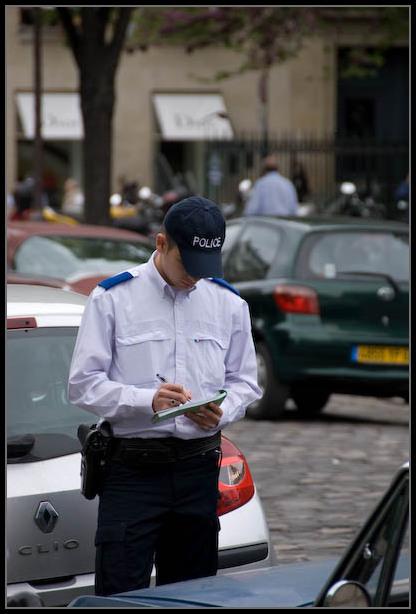 PV-dans-les-rues-de-PARIS
