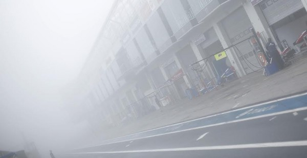 WSR-2014-NURBURGRING-VENDREDI-Matin-11-juillet-BROUILARD-sur-le-Nurburgring.