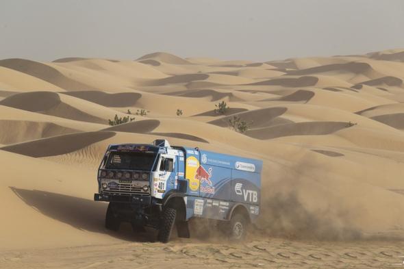 -KAMAZ-de-SHIBALOV-dans-les-dunes-de-MAURITANIE