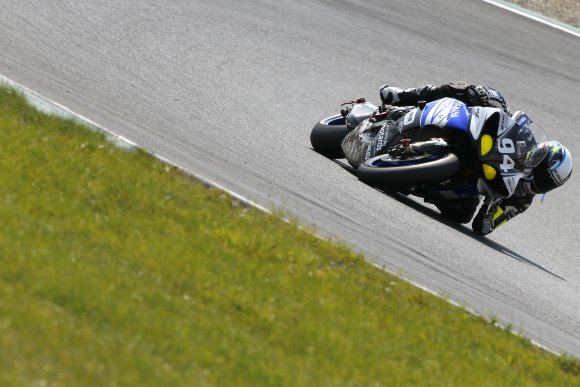 ENDURANCE-MOTO-2014-8-Heures-OSCHERSLEBEN-La-YAMAHA-GMT-94-Photo-MICHELIN
