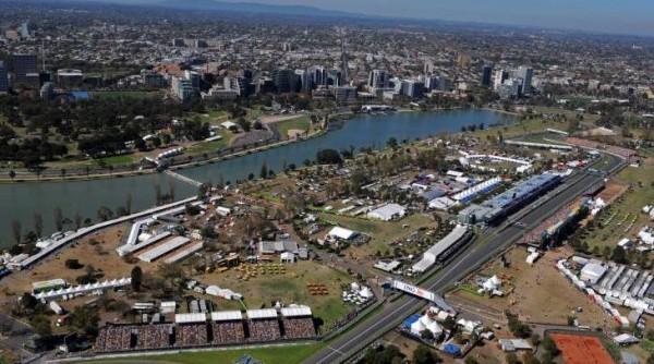 F1-2014-AUSTRALIE-Le-circuit-de-l-ALBERT-PARK-a-MELBOURNE-vue-aerienne