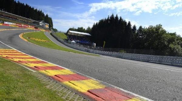 F1-2014-CIRCUIT-DE-SPA-le-raidillon