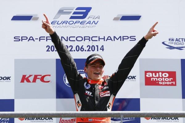 F3-2014-Max-VERSTAPPEN-sur-la-plus-haute-marche-du-podium-plusieurs-fous-cette-saison-ici-a-SPA.
