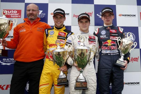 F3 2014 - NURBURGRING le podium de la 3éme course. LUCAS AUER 1er devant BLOMQVIST et VERSTAPPEN.
