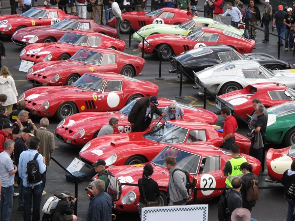 FERRARI GTO TOUR 2012- De passage au  MANS CLASSIC - Photo Jacques SAMALENS pour autonewsinfo