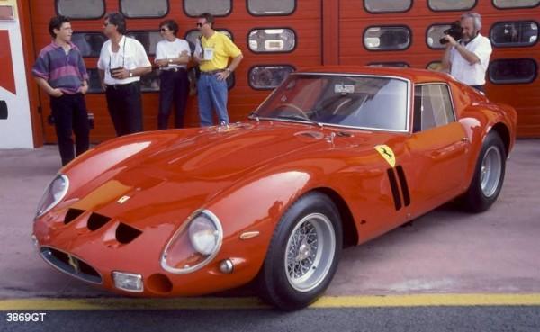 FERRARI-GTO-de-1964
