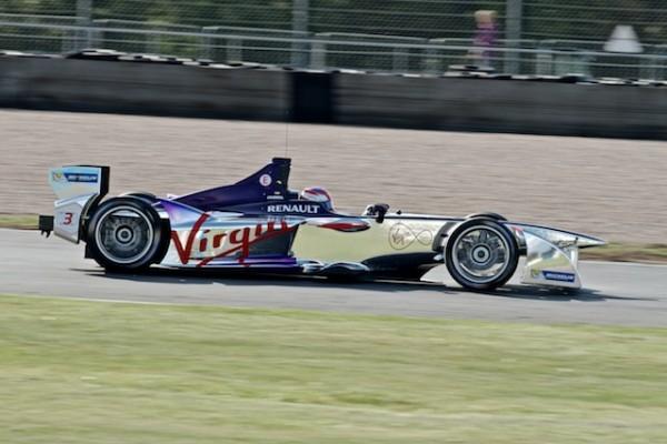 FORMULE-E-2014-Test-DONINGTON-19B-aout-Team-VIRGIN-Racing-©AndyCarver