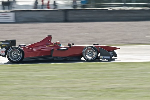 Formule-E-2014-Test-DONINGTON-Ho-Pin-TUNG-CHINA-Team©AndyCarver