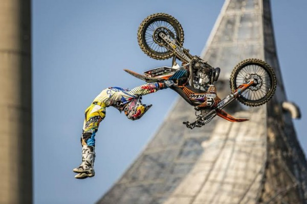 RED-BULL-X-FIGHTERS-2014-SHERWOOD-a-MUNICH