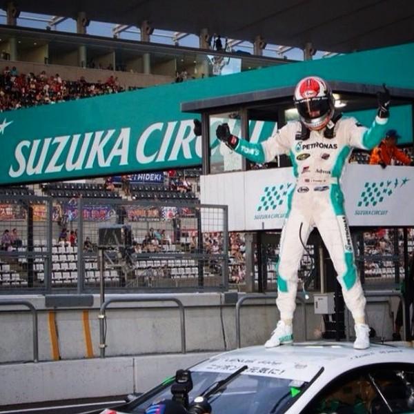SUPER GT 2014 - 1000 Km de SUZUKA - James ROSSITER fete la victoire