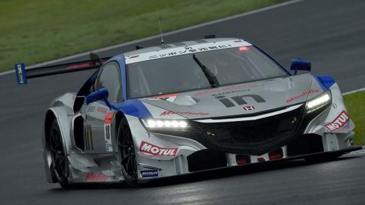 SUPER-GT-2014-FUJI-HONDA-NSX-de-MAKOWIECKI-victorieuse1