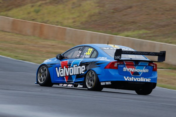 V8-2014-SYDNEY-VOLVO-de-Scott-MC-LAUGHLIN-Team-POLESTAR-GRM
