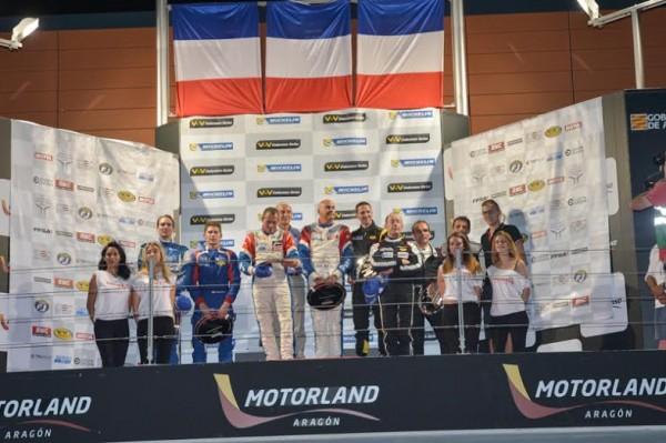 VdeV 2014-MOTORLAND- podium protos avec les vainqueurs Vincent CAPILLAIRE-Alain FERTE et Philippe ILLIANO - Photo Antoine CAMBLOR