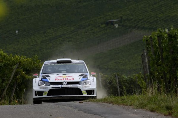 WRC-2014-ALLEMAGNE-La-POLO-VW-de-Jari-Matti-LATVALA