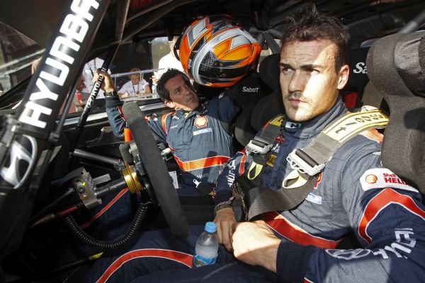 WRC-2014-ALLEMAGNE-Team-HYUNDAI-Dani-SORDO-Photo-TEAM