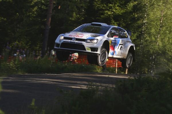 WRC 2014 FINLANDE- La POLO de LATVALA.j