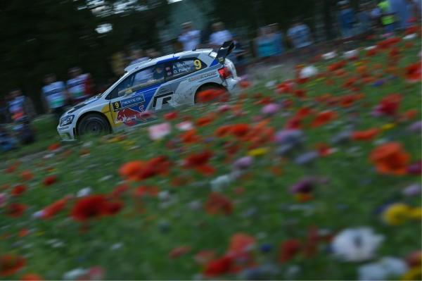 WRC-2014-FINLANDE-VW-POLO-de-MIKKELSEN