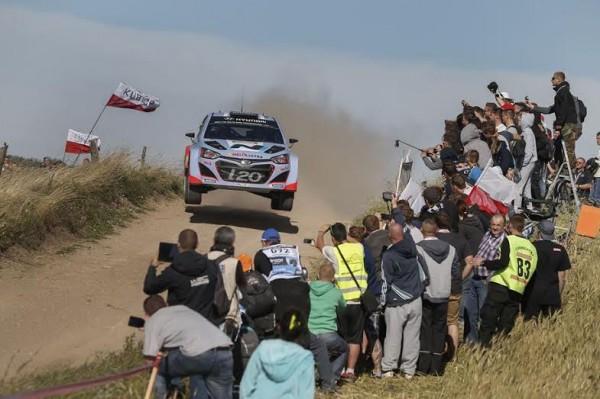 WRC-2014-POLOGNE-Thuierry-NEUVILLE-Team-HYUNDAI