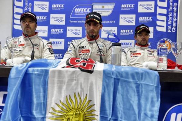 WTCC-2014-ARGENTINE-CITROEN-Conference-des-pilotes-LOPEZen-pole-devant-MULLER-et-LOEB