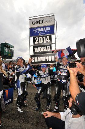 24-HEURES-DU-MANS-2014-Le-YAMAHA-GMT-94-est-CHAMPION-DU-MONDE-21014-en-Endurance
